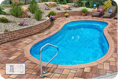Titus Pool500px W